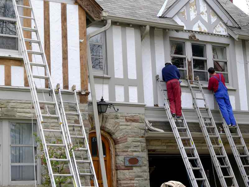 Exterior Ladder Safety