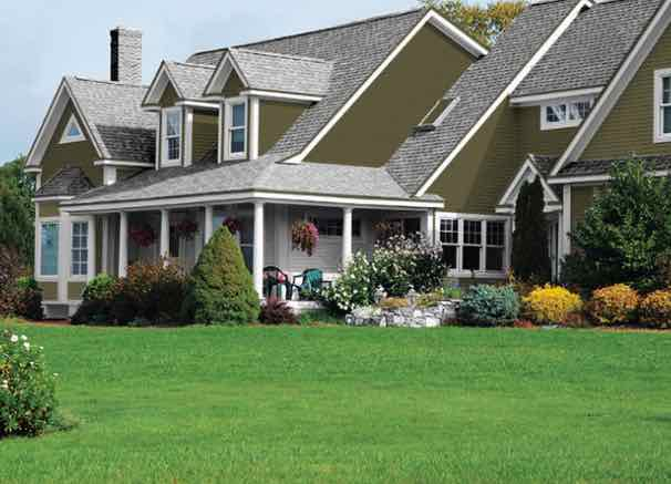 20 Popular Exterior House Colors for 2021 28