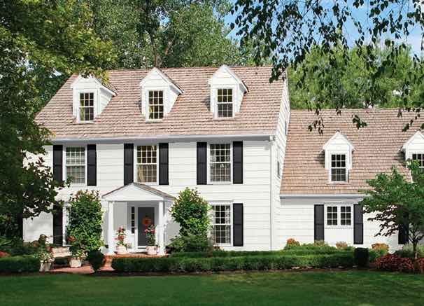 20 Popular Exterior House Colors for 2021 24