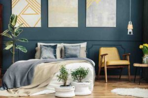 The ultimate guide for finding the best bedroom paint color for 2020.