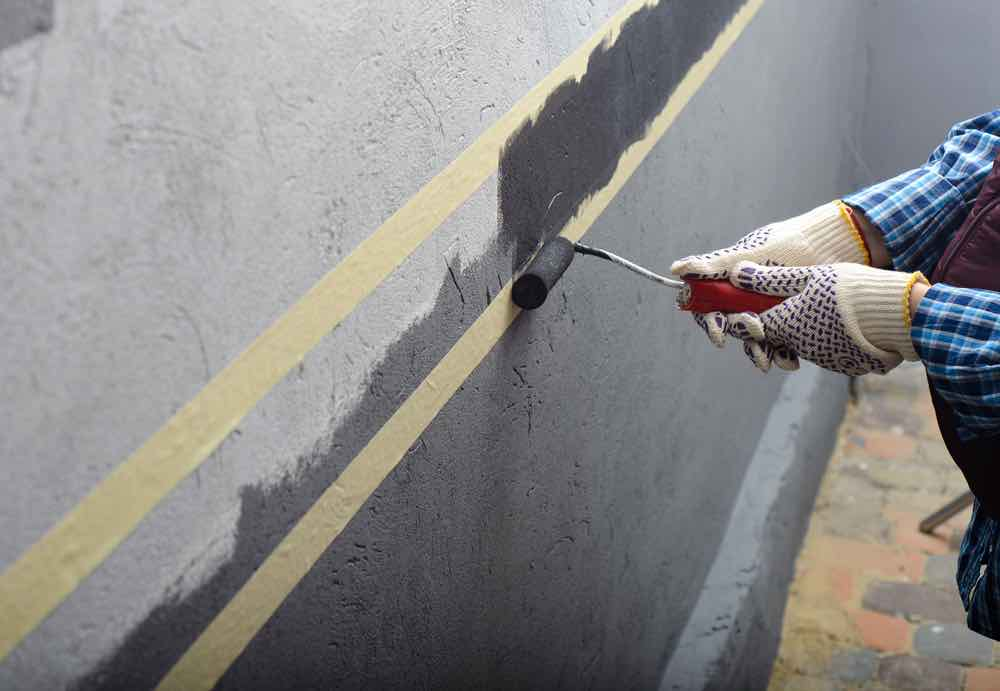 The best paint for garage walls come in all-in-one paint and primer together.