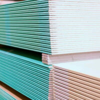 pallets of drywall plasterboard